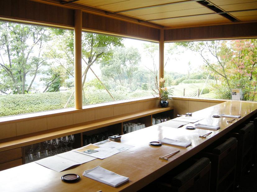 尾道の初夏の恵みを和食で…オーシャンビューの落ち着いた空間で満喫─双忘 6月メニュー
