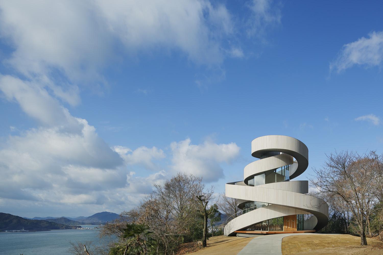 ベラビスタ境ガ浜 Ribbon Chapel JCDデザインアワード2014大賞受賞~世界初の二重螺旋構造~