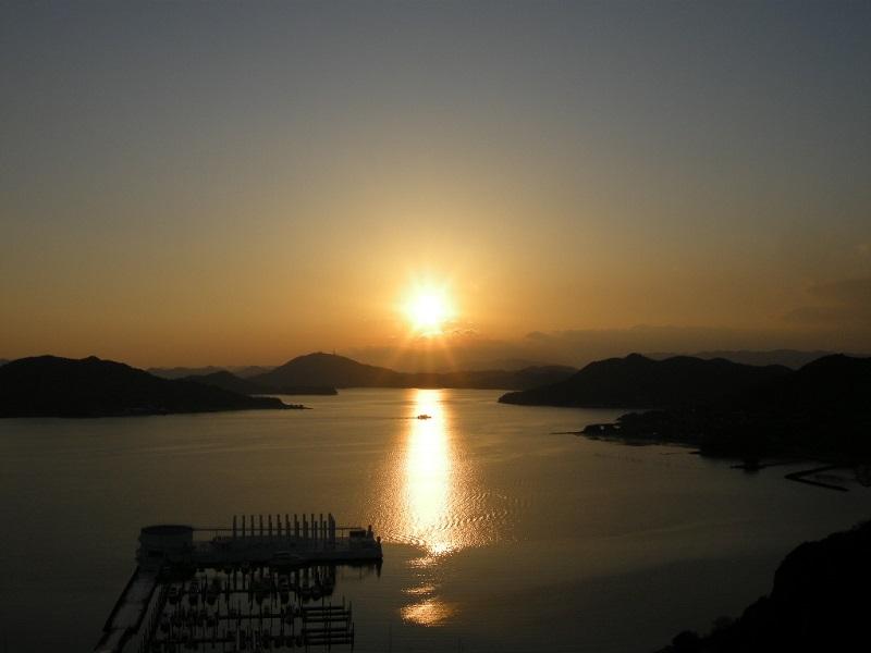 新秋刀魚、秋茄子…澄んだ空に輝く夕日を望みながら秋の情緒を堪能できるベラビスタ境ガ浜「双忘」9月メニュー
