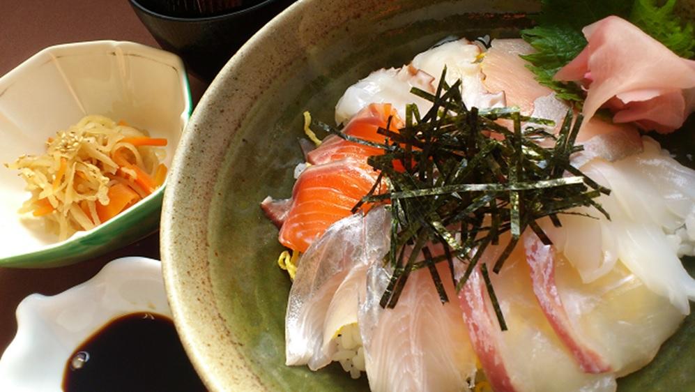 神勝寺温泉 昭和の湯の人気メニュー「海鮮丼」