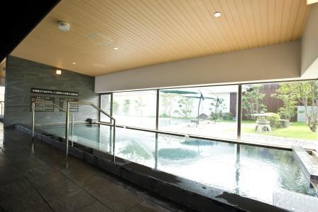 昭和の湯自慢の天然ラドンの湯でのんびりゆったり