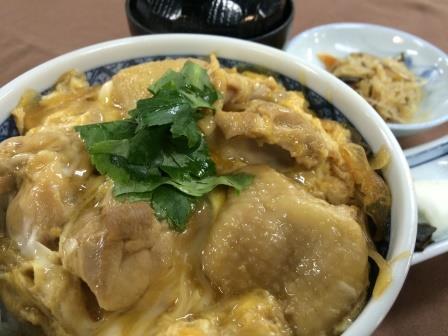 日本三大地鶏「名古屋コーチンと地玉子の親子丼」1,000円