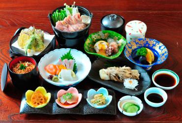 秋の行楽はお得なグループプランで!神勝寺温泉昭和の湯の宴会プランは特典満載!!